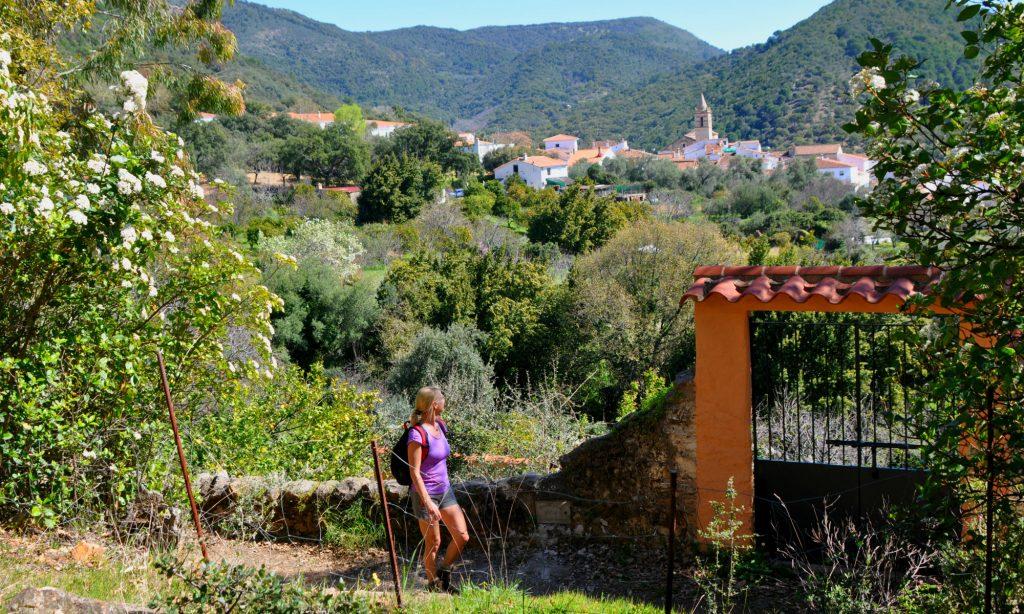 Andalusie Wandelroute Linares de la Sierra Alájar