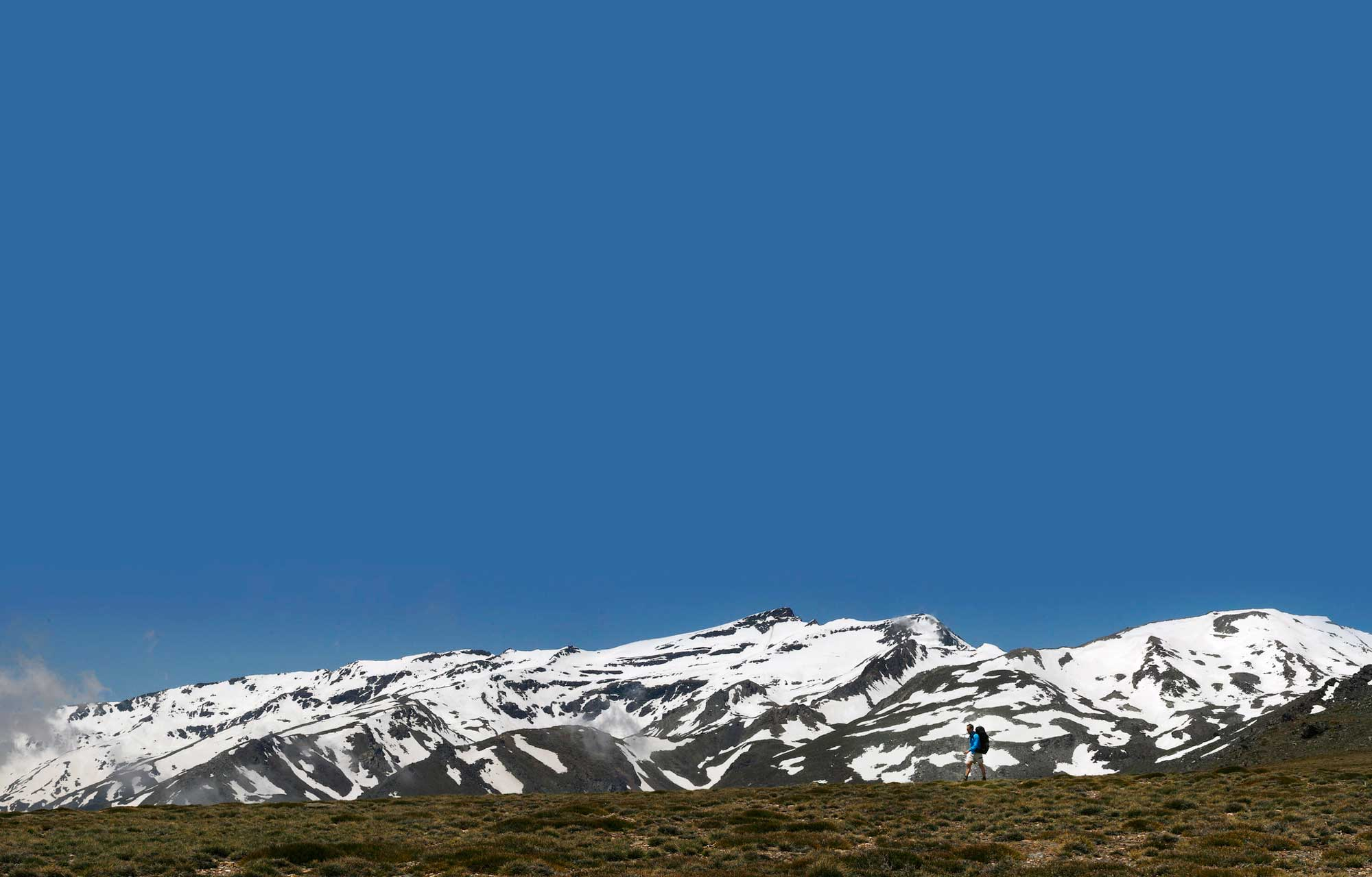 De Mulhacén (rechts) in de Sierra Nevada.